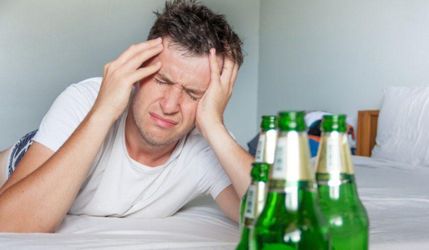 น้ำมะเขือเทศดีสำหรับอาการเมาค้างหรือไม่?